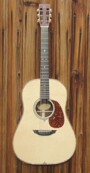 12-fret Dreadnought